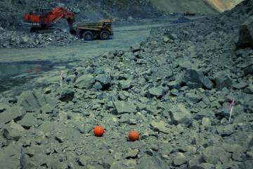 Fotoanálise Distribuição Granulométrica Desmonte de rochas  por explosivos Valmon Engenharia